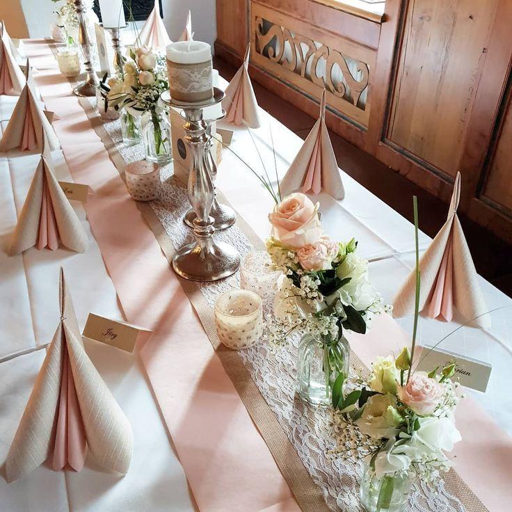 Mal wieder eine wundervolle vintage Hochzeit in zartem puderrosa, Jute und Spitz