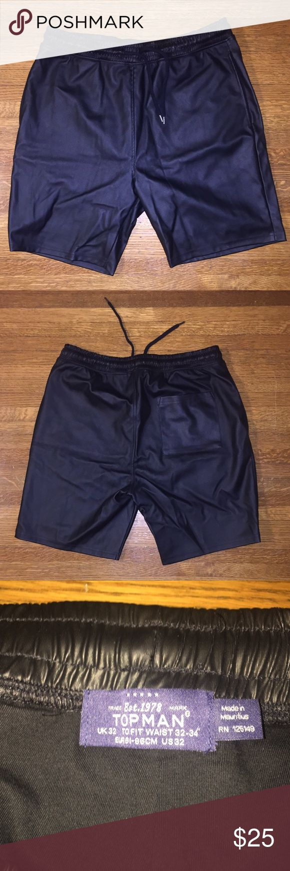Black Leather Topman drawstring shorts Mens leather drawstring shorts from Topman. Waste fits 32-34 Topman Shorts