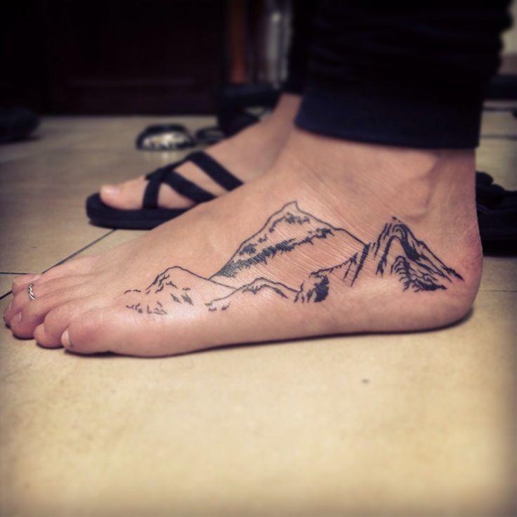 http://tattoomagz.com/mountains-tattoo/amaizing-foot-mountains-tattoo/