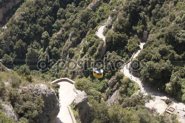 Монтсеррат, Канатная дорога на монастырь - Стоковое изображение: 75609927