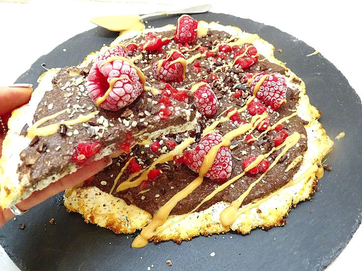CHIA PIZZA WITH CHOCOLATE MOUSSE