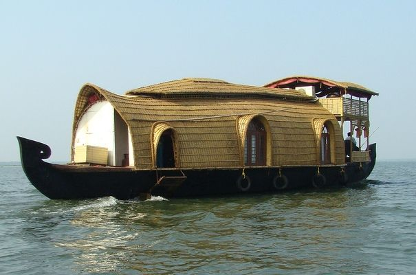 Kerala House Boats (Alappuzha, Alleppey, Kerala, India)Dreams Home, Tropical Architecture, Houseboats, Honeymoons Places, House Boats, Indian House, Kerala, Unusual House, Pictures Book