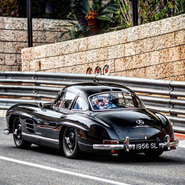 "World's Hottest Mercedes' on Instagram: ""300SL Gullwing Follow @German_MadWhips Follow @German_MadWhips # Freshly Uploaded To www.MadWhips.com Photo by @staeldo_carspotting"""