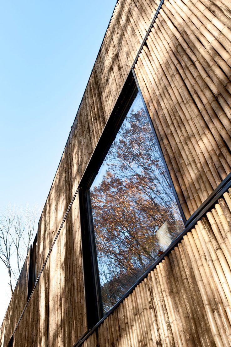 Low energy bamboo house | AST 77 ARCHITECTEN