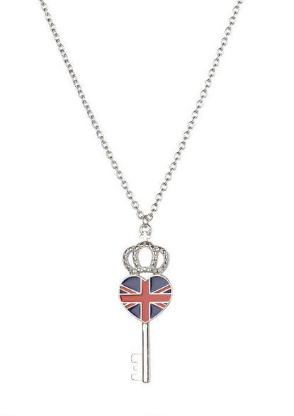 Union Jack Heart Key Necklace...MUST HAVE THIS!