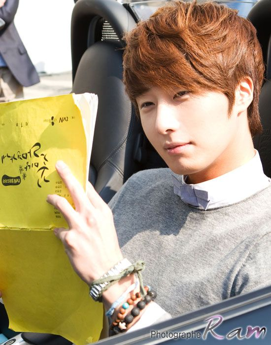 Jung Il Woo - One of my first Korean Actor Crushes.