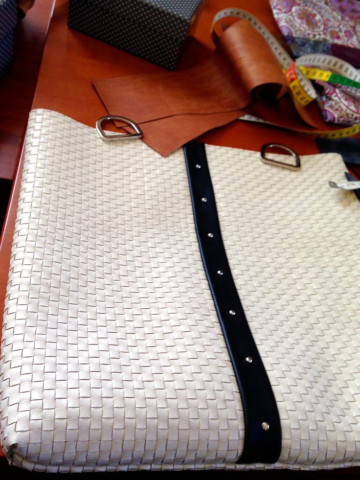 Work in progress ....  http://www.etsy.com/it/shop/BorsebyD http://it.dawanda.com/mydawanda https://www.facebook.com/BorsebyD www.borsecomp.com    #bags #backpacks #crossbody #purses #clutch #leather #fashion #girl  #womanaccessories #stylish #womanish #Italy #italian #handamade  #handmadeinitaly #borsebyd #colors  #carryall #giftideas #spring #clutch #keychain