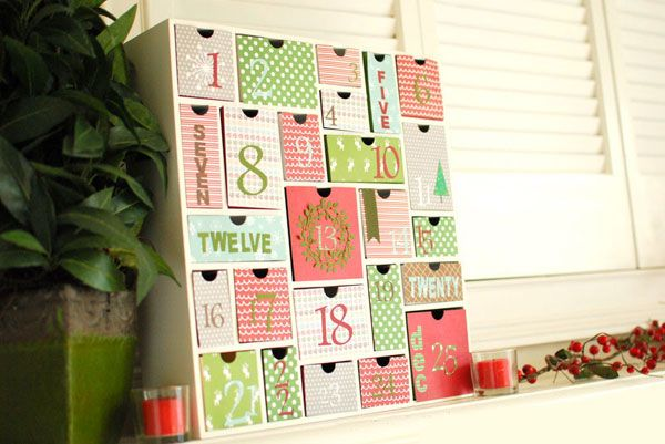 http://idee-creative.fr/creations-diy/idee-creation-web/15-idees-creer-calendrier-avent-diy/ calendrier de l'avant
