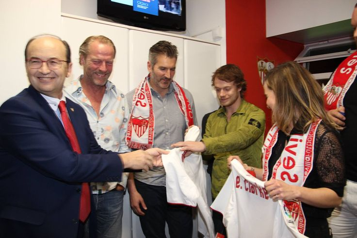 November 06: Sevilla VS Barcelona Match - 1106 SevillaVSBarcelona 0023 - Adoring Emilia Clarke - The Photo Gallery