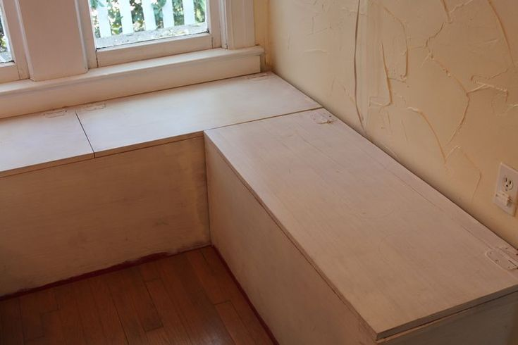 L shaped window seat for the lounge.