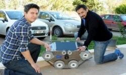 AKDENİZ Üniversitesi (AÜ) Teknokenti'nde faaliyetini sürdüren Alta Endüstriyel Mühendislik Şirketi'nde çalışan Türk mühendisler, Bilim Sanayi ve Teknoloji Bakanlığı'nın desteklediği projeyle savunma sanayii için 'Mayın tarama ve bomba imha robotu' üretti.