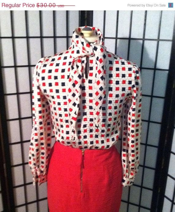 40 OFF SALE 1940s 1950s look Vintage red by BombshellBloomsVtg