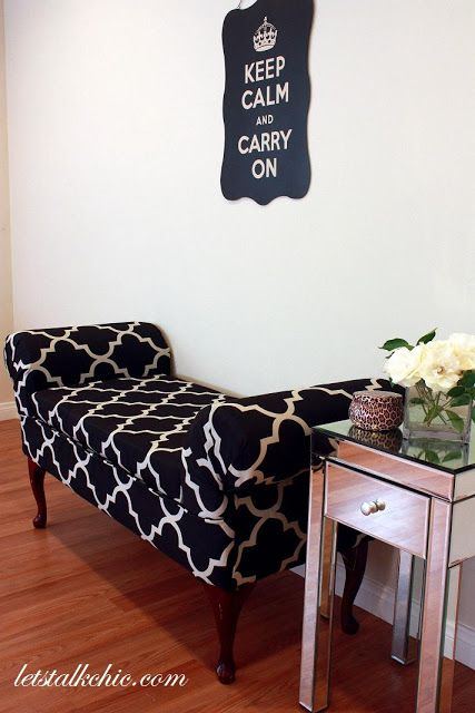 Sugar and Chic: Goodwill Hunting: Entryway Bench