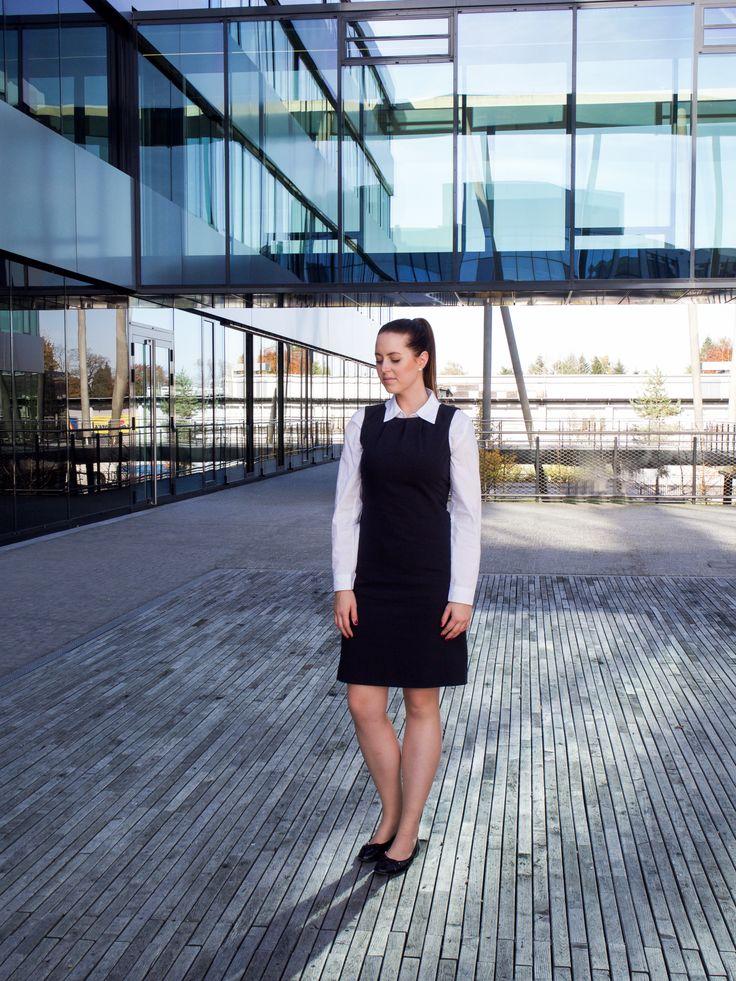 sheet dress business woman