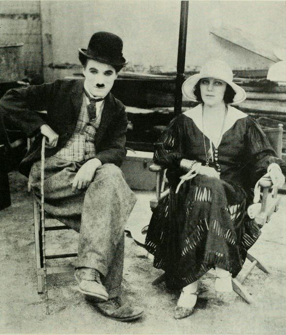 short essay on charlie chaplin Free essay: in the second decade of the twentieth century, a man named charlie chaplin achieved world fame through cinema he did so even before the cinema.