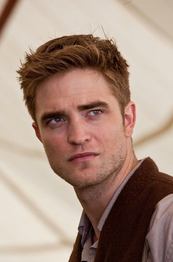 best images about water for elephants reese robert pattinson as jacob