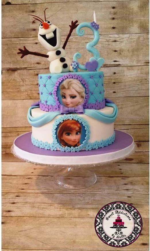 Preciosa pastel para fiesta temática Frozen