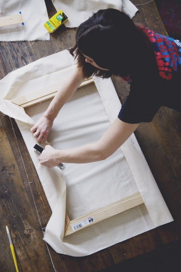 Make: How to Stretch Your Own Canvas for Your Next Painting | Free People Blog | Bloglovin'