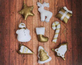 Kerst ornamenten voelde Gift box sieraad voor door MyMagicFelt
