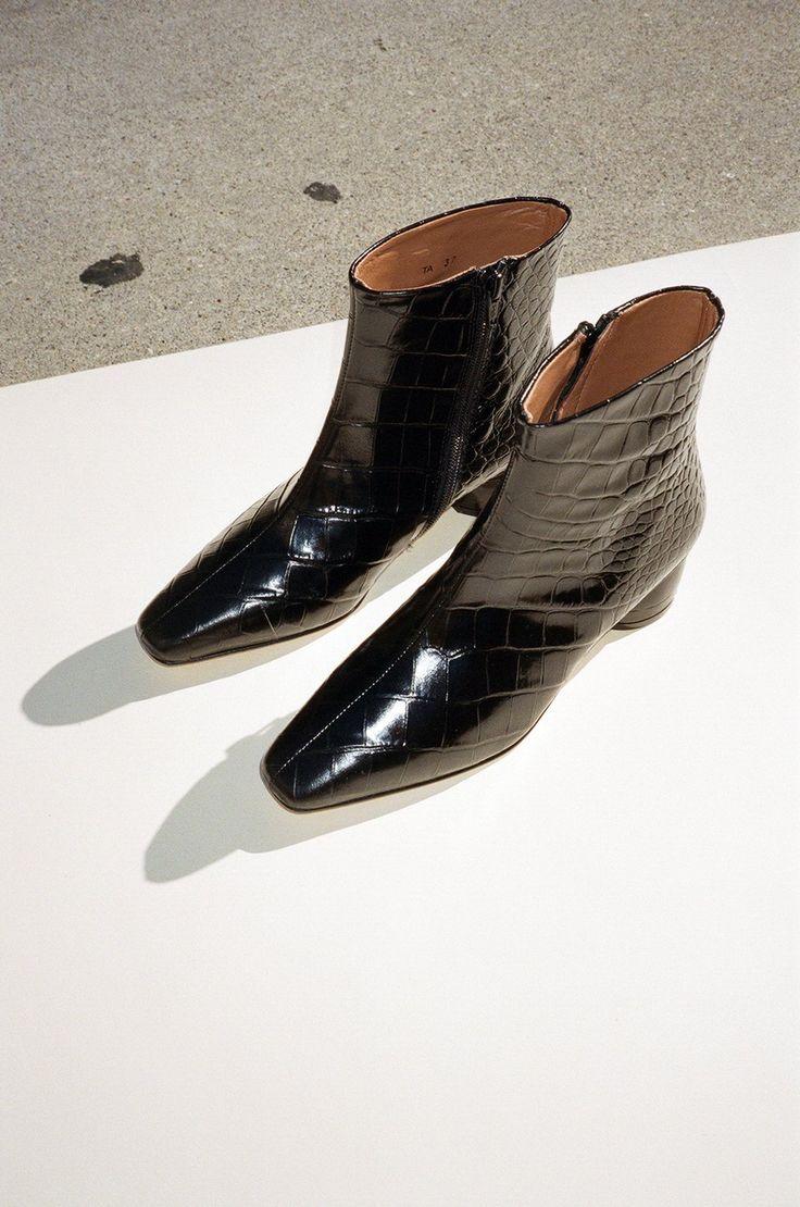 56c023a95a1fe Matea Ankle Boot - Negro Croc   Christmas Wish List   Boots, Cute ...