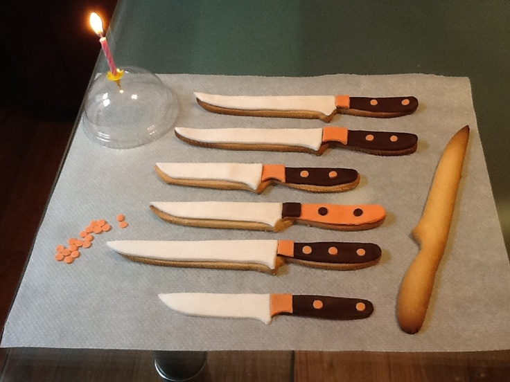 Special cutlery cookies for our 1st anniversary online
