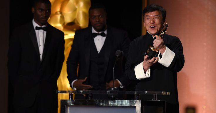 Jackie Chan recebe Oscar honorário da Academia de Hollywood