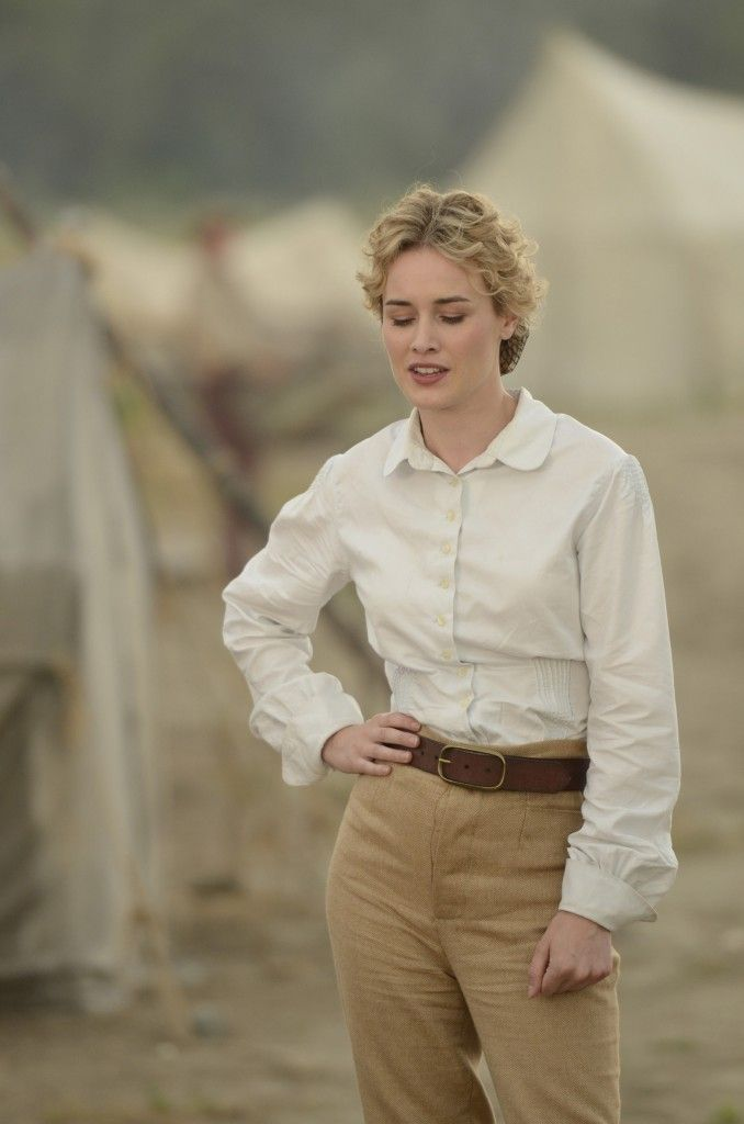 Dominique McElligott as Lily Bell in Hell on Wheels  what a lady in 2019  Safari outfits