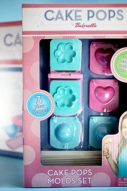 Cake Pops Molds Set by Bakerella i want one for myself