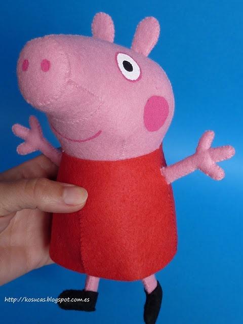 Felt Peppa Pig pattern  Patrón de Peppa Pig de fieltro