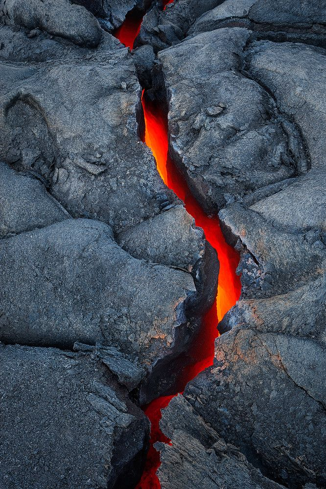 Earth's Vein - Hawaii Volcano National Park by Tom Kualii