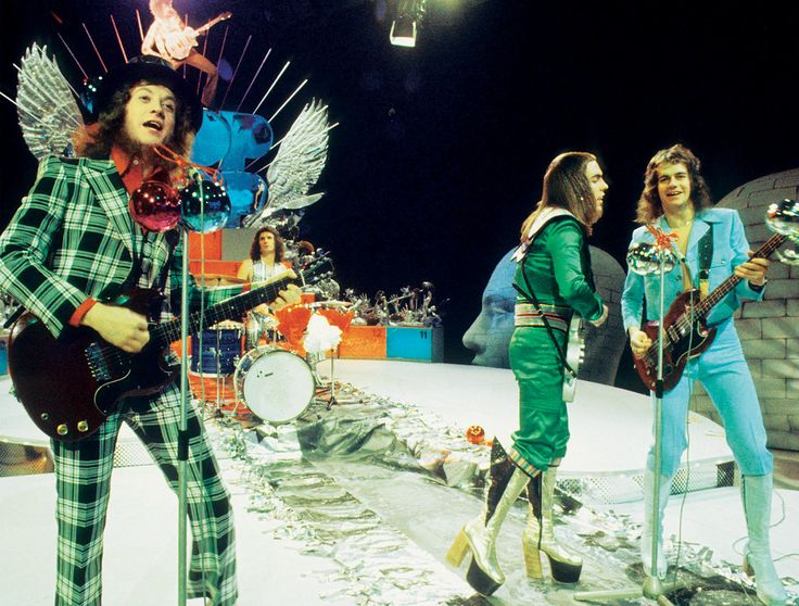 ITS CHRISTMAS!  Come on you know you secretly love Slade.  And a bit of Mariah Carey and Wham.  You HAVE to play Christmas songs at every opportunity over the Christmas break.