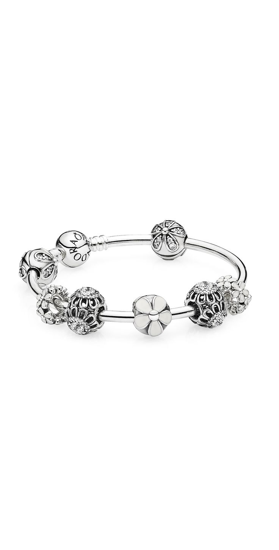 Simple, elegant and feminine white floral design. #PANDORA #PANDORAbracelet