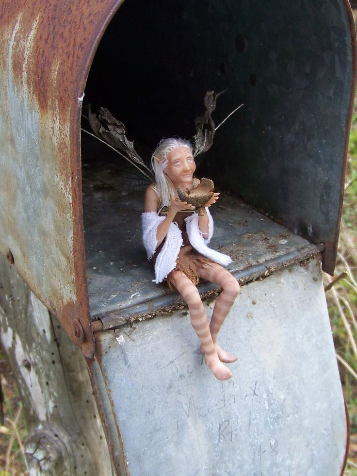 Lorelei grandmother fairy in mailbox size comparison by for Little fairy mailbox