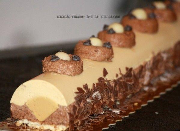 Buche au caramel au beurre salé Je vous propose la recette de laBûche au Caramel au beurre salé de l'année 2012 et ce qui est génial avec cet entrem