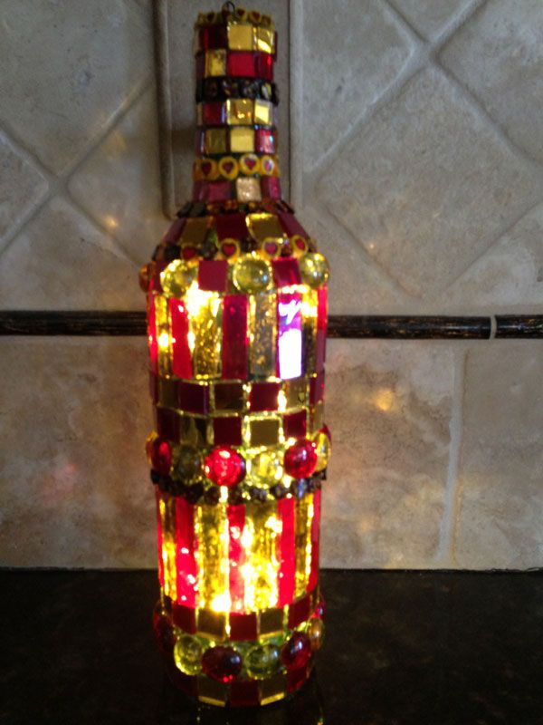 Beautiful lighted wine bottle with mosaic detailing diy for Wine bottle light ideas