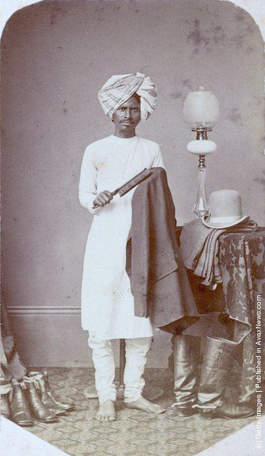 A valet in India, circa 1870. (Photo by Hulton Archive/Getty Images)
