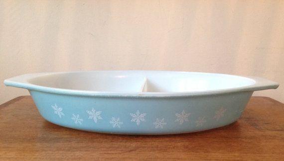 Vintage Pyrex JAJ Crownware Turquoise Snowflake by fountainalia
