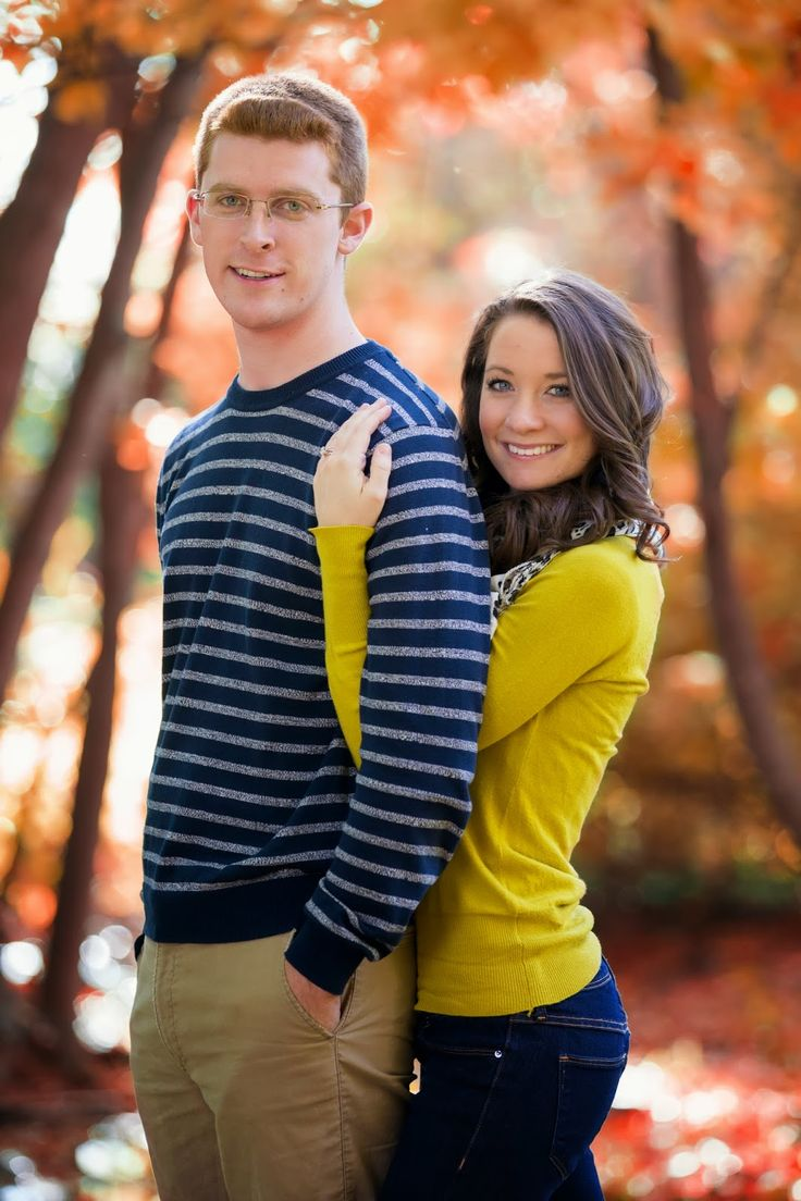 Couples fall portraits! Check out more ideas for couples posing ideas!