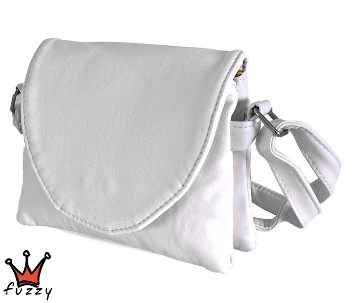Τσάντα γυναικεία σε λευκό χρώμα ,απομίμηση δέρμα, με πέντε θήκες εσωτερικά και μία εξωτερική με φερμουάρ. Μαγνητικό κούμπωμα και λουράκι ώμου. Διαστάσεις 19x5x16 εκ.