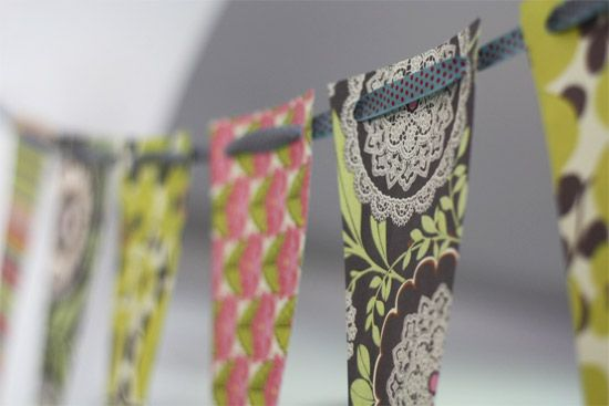 pretty no sew bunting! ....I do this all the time, easy to change often to spruce things up!