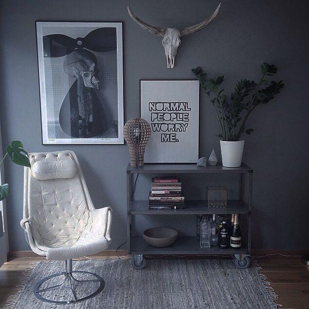 My home✖️Susanna Säfsund, Stockholm.   Livingroom. Interiorstyling. Bruno Mathsson/Jetson/Hans Gedda/Dead Plates/poster/Therese Sennerholt