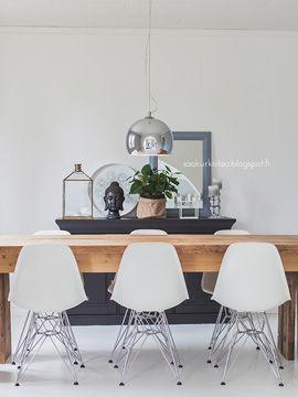 Romanttinen tyyli selkeämmäksi! Katso Saa kurkistaa -blogin Mintun kirjoitus ruokahuoneen pintaremontista. Toteutettu yhteistyössä K-raudan kanssa. #krauta #ruokahuone #tapetti