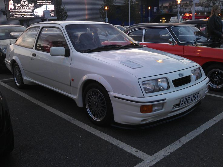 Ford Sierra at Medway Cruise