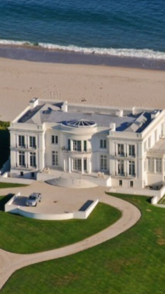 13 best images about hamptons on pinterest mansions for Luxury hamptons real estate