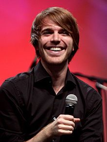 Shane Dawson one of the first YouTubers I ever watched (other  than FRED lol) I love him <3