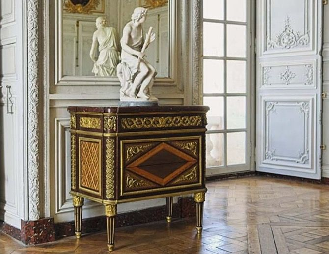120 best madame victoire images on pinterest french interiors french style and marie antoinette - Cabinet jean charpentier ...