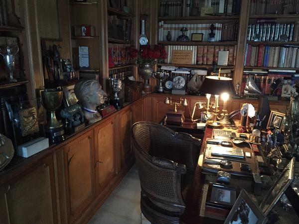 Questa mattina alla presenza della stampa, il ministro della Cultura Dario Franceschini ha aperto al pubblico Villa Sordi alle Terme di Caracalla, annunciando che diventerà un museo aperto a tutti gli amanti di 'Albertone'. (Le foto postate su Twitter da Francechini)