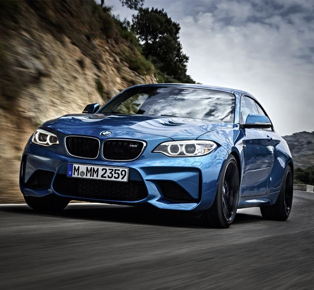 The 2016 BMW M2 - Now that it's finally been revealed, let's take a closer look, shall we? The M2 is replacing BMW's 1-series M coupe, which was only out for one year. We can say with some confidence that you seriously won't miss it once you feast your eyes on this beauty.
