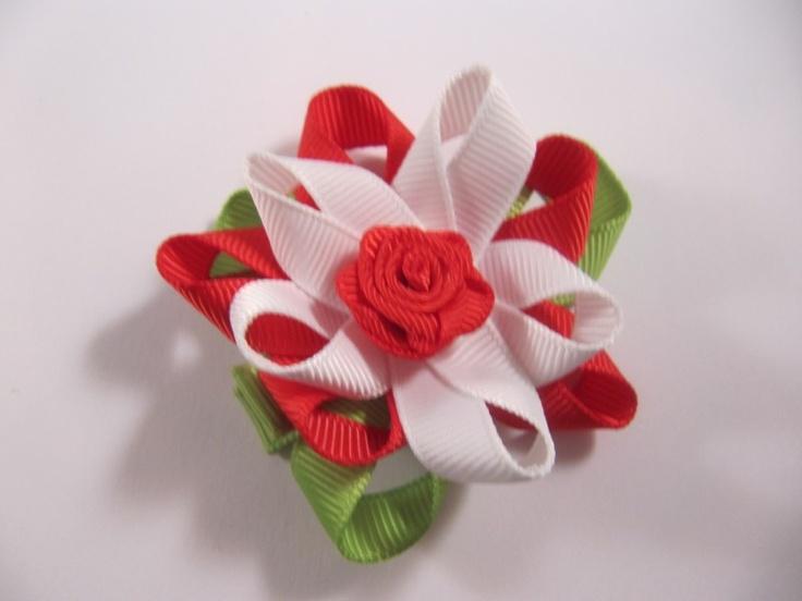 Linten bloem met rode roos