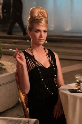 Dress, hair, makeup, and owning stare? Checks all around! Mad+Men=Mad+Style+Season+3+P2+1